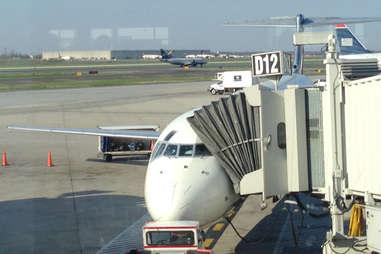 Delta airplane landing at Louisville airport.