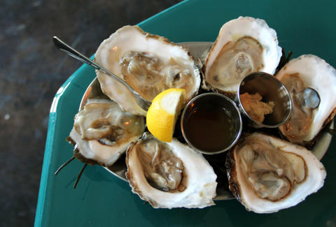 Hillside Farmacy-Austin-Oysters