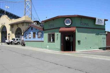 The entrance of Hi Dive