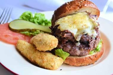 the smokn' bird burger at Bird of Smithfield