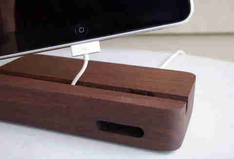 The Acoustik iPad dock