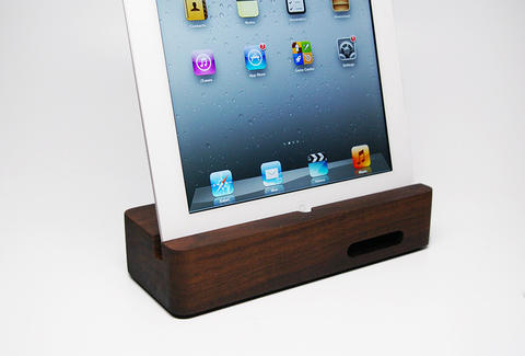 An Ecoustik iPad dock