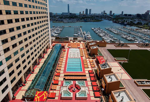 A birds eye view of the pool at Golden Nugget