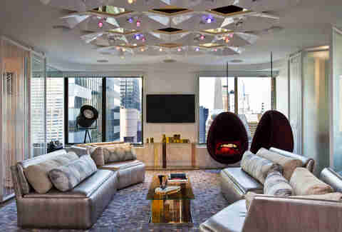 W New York - Times Square Extreme WOW Suite Living room