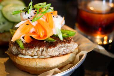 Illegal Food - Bahn Mi Burger