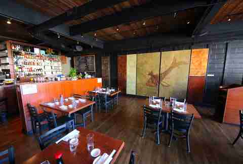 Billy Beach Sushi Interior