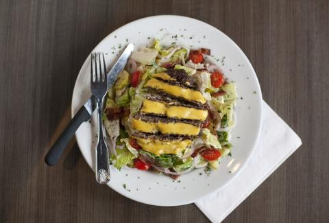 Slaters 50-50 Cheeseburger Salad