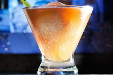 cocktails at the flatiron hotel