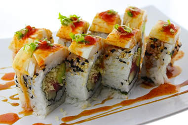 sushi at the flatiron hotel