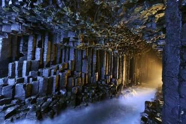 fingalls cave scotland