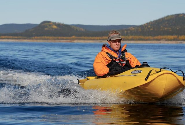 A jet-powered kayak you can build in two minutes