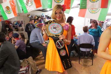 Lovely taco belt lady