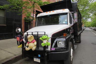 Truck with stuffed animals in Manhattan