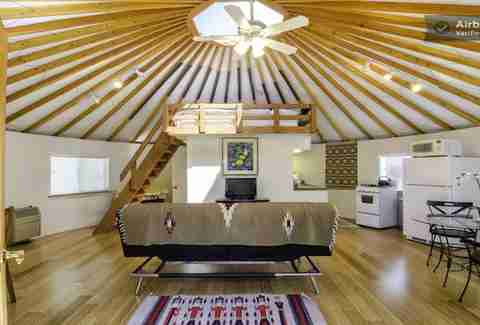 yurt living how much does it cost to stay in yurt homes thrillist. Black Bedroom Furniture Sets. Home Design Ideas