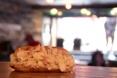 A crabmeat roll at Luke's Lobster Rittenhouse Square