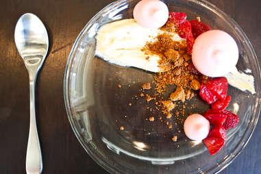 Gunshow - strawberry cheesecake re-imagined