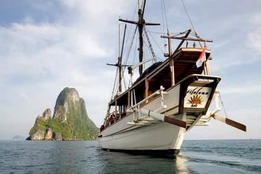 Silolona Phinisi Boat 1