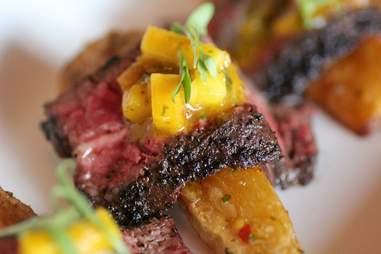 Grilled skirt steak at S3