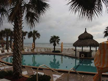 Daytona beach hotel pool