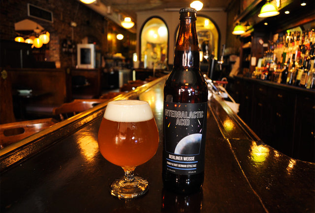 Boston\'s beer experts tell you the top beers to drink in the sun