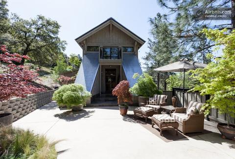 AirbnBest: The Bridge House Main