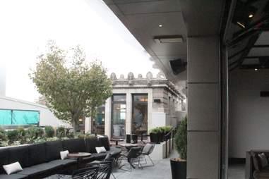 Stratus Lounge patio
