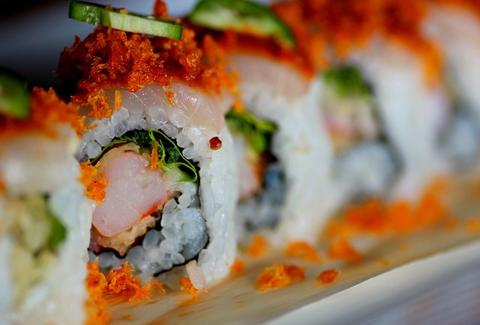 Sushi roll with shrimp cucumber slices
