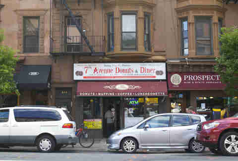 7th Ave Donuts & Diner