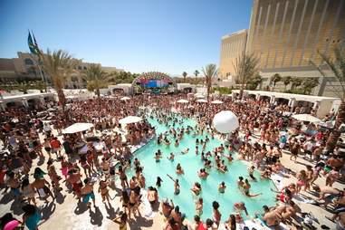 Daylight -- pool