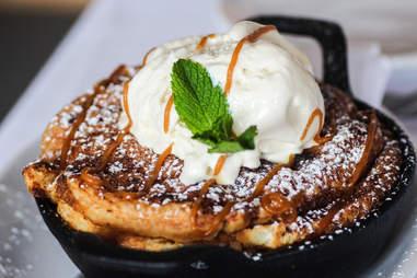 Benji's cheesecake sopapillas