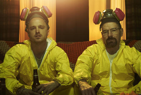 Jesse Pinkman (Aaron Paul) and Walter White (Bryan Cranston) kick back with some cold ones.