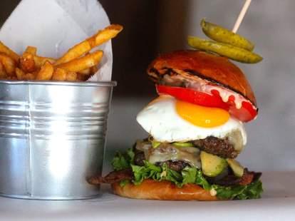 1hundred bistro burger