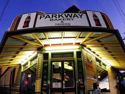 Exterior of Parkway Bakery & Tavern in New Orleans