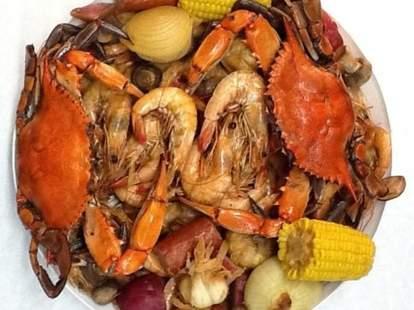 shrimp, crab, corn, onion, seafood