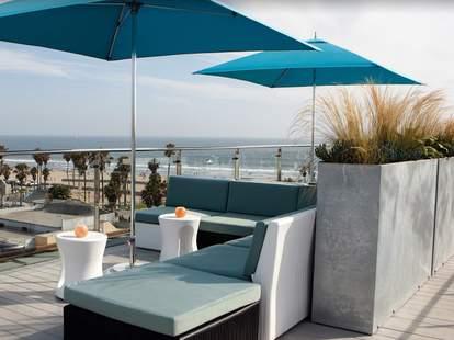 High Rooftop Lounge Venice Beach LA