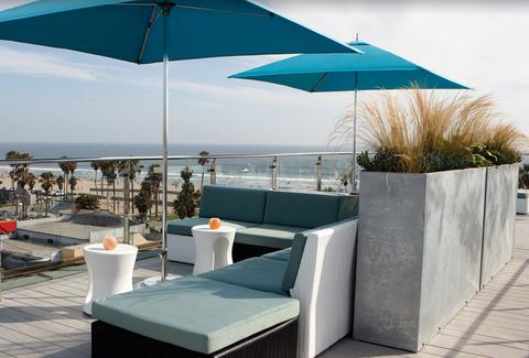 High Rooftop Lounge Venice Beach LA