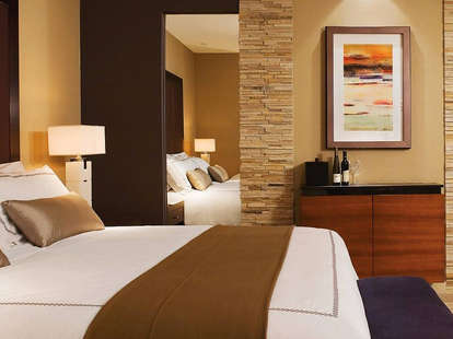 Hotel room featured on TheSuitest