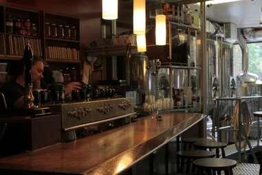 Montreal, bar, Dieu du Ciel!, microbrews, chalkboard specials