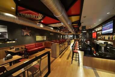 Fatburger - Interior