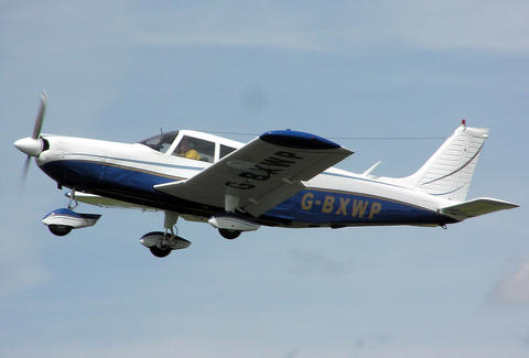 flamingo air piper cherokee 6