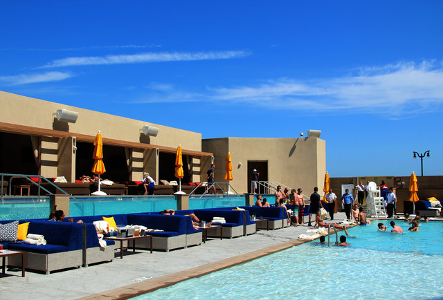 Hq Beach Club Bottle Serviced Plunge Pools And Rock Star