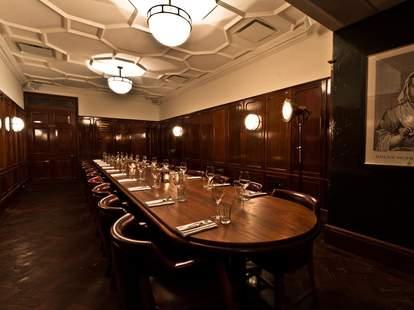 Hawksmoor Guildhall interior