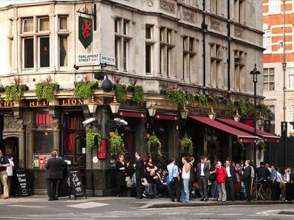 Red Lion London UK Exterior