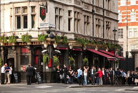 Red Lion London UK Exterior