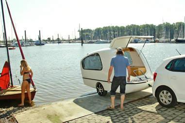 Sealander swimming caravan