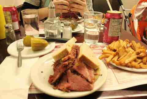 Montreal, restaurants, smoked meat, hot dog