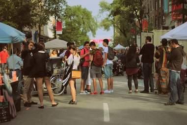 Montreal, St. Laurent, walking, city