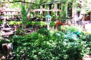WA Frost's garden