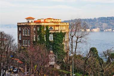 Turkish Mansion Overlooking The Bospherus