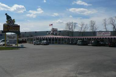 Circus Drive-In, Jersey Shore